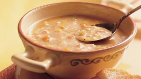 سوپ نخود و بیکن